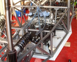 Engine fitting-001